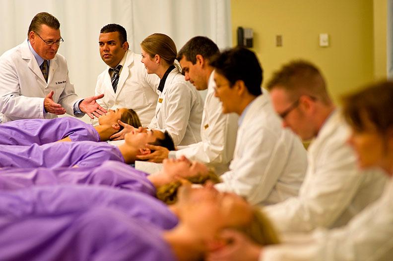 Are chiropractors doctors